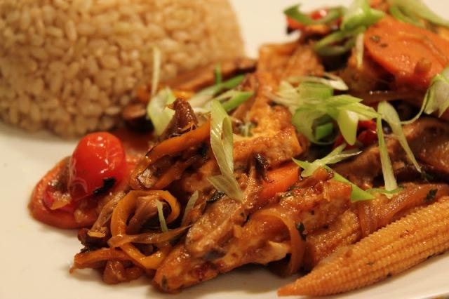 Mango and Lychee Tofu Stir Fry via Vegan Miss