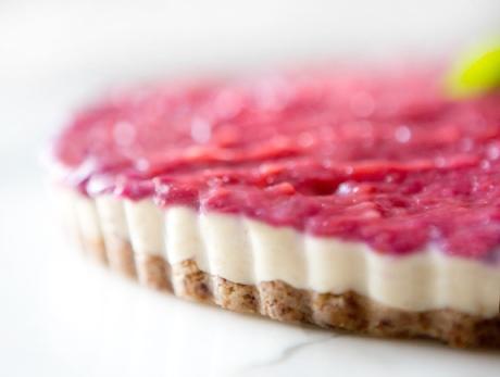 Vegan Rhubarb Cheesecake via A House in the Hills